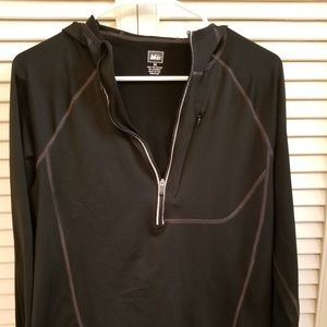 REI half zip lightweight hooded long sleeve tee